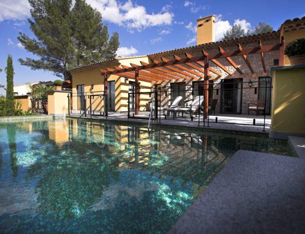 villa-terre-blanche-piscine-hotel-600x460 TERRE BLANCHE HOTEL SPA GOLF RESORT*****