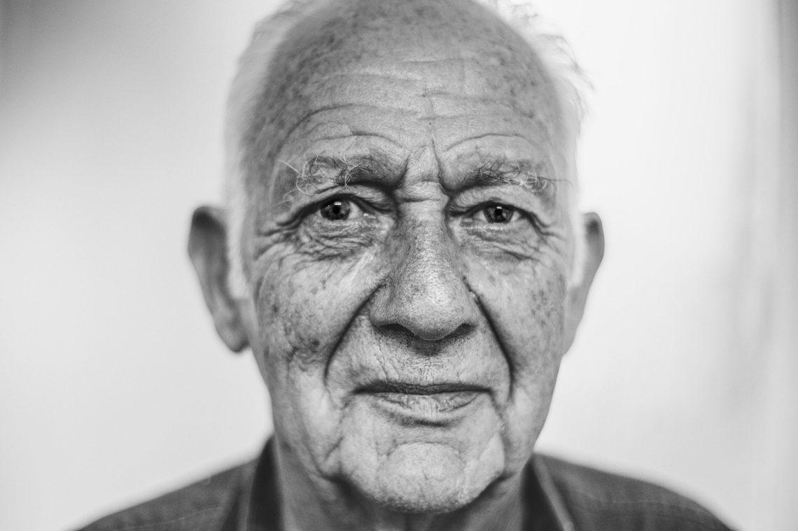 old-man-1208210_1920-1140x759 11èmeédition de son Opération Coup de Pouce