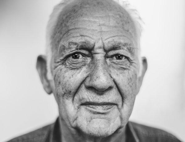old-man-1208210_1920-600x460 11èmeédition de son Opération Coup de Pouce