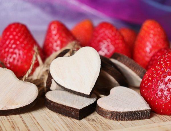strawberry-5178858_1280-600x460 Les desserts qui vont vous faire craquer le 14 février