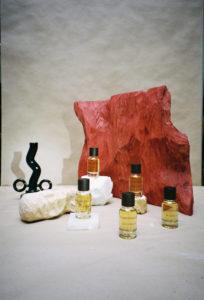 unnamed1-204x300 Les parfums PIGMENTARIUM