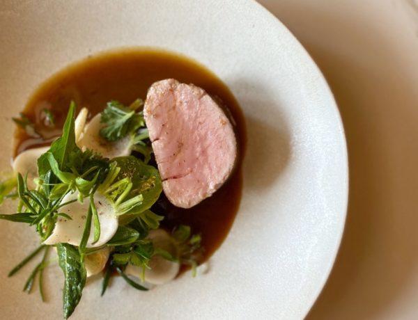 Le-Meurice-a-la-Maison-Quasi-de-veau-4-600x460 Le menu duchef de l'hôtel Le Meurice Amaury Bouhours à emporter ou en livraison