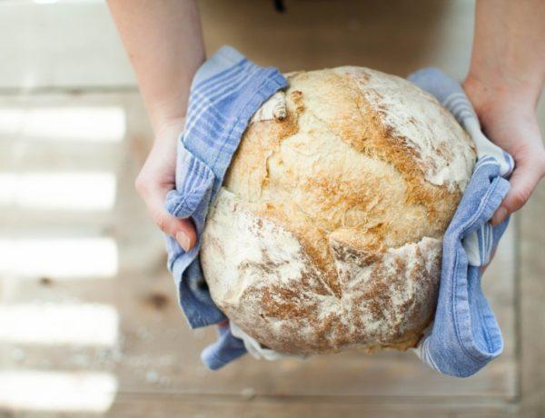 bread-821503_1920-600x460 La P'tite Boulangerie de La Queue-lez-Yvelines