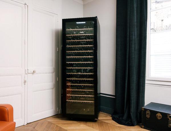 ECELLAR185-Ambiance-salon-600x460 L'inédite ECELLAR185, une cave à vin connectée