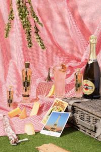 Panier-Parisien-200x300 Des apéritifs estivaux avec la liqueur ST-GERMAIN®