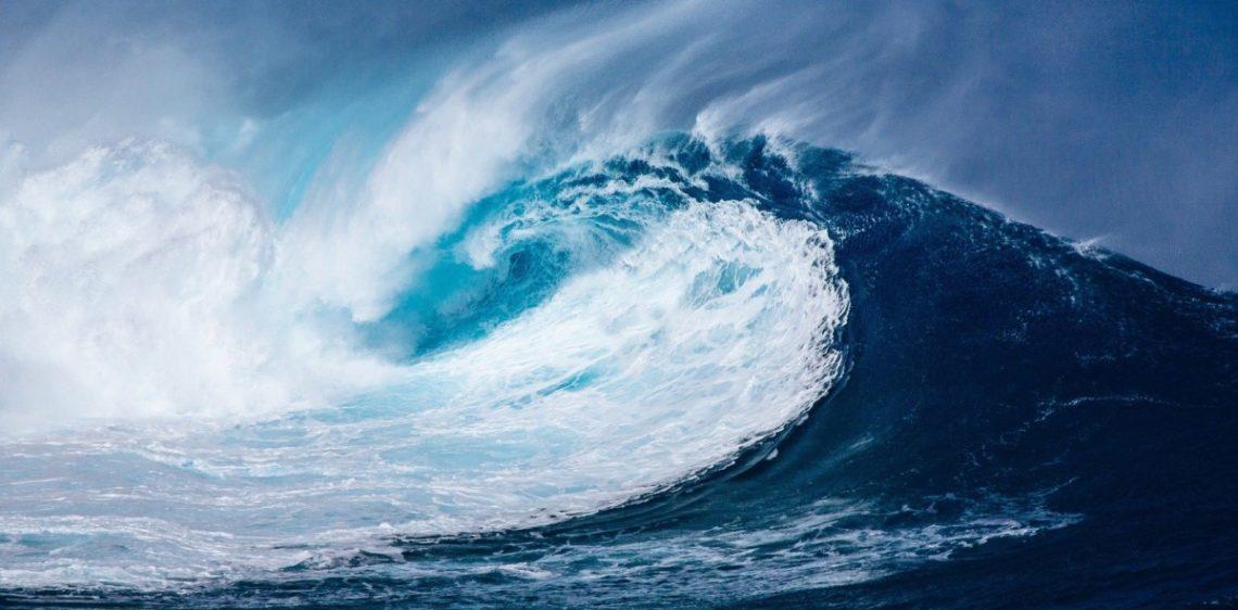 wave-1913559_1920-1140x562 Le pop-up store Quiksilver