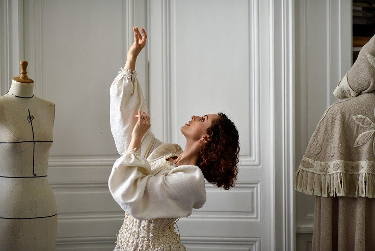 1-Franck-Sorbier-Haute-Couture-Eleonore-Guerineau-Image-Adrien-Perreau Éléonore Guérineau, danseuse à l'Opéra