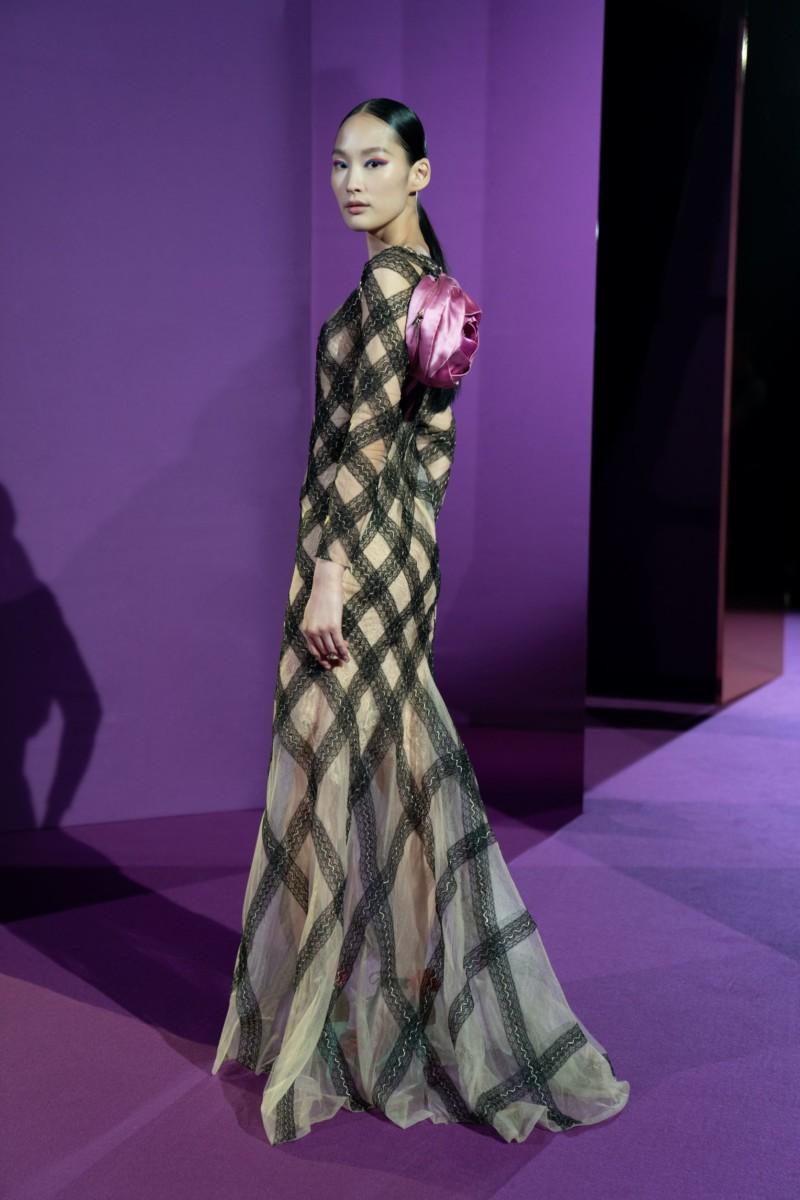 "LOOK04 Alexis Mabille : collection ""Femme-Fleur"""
