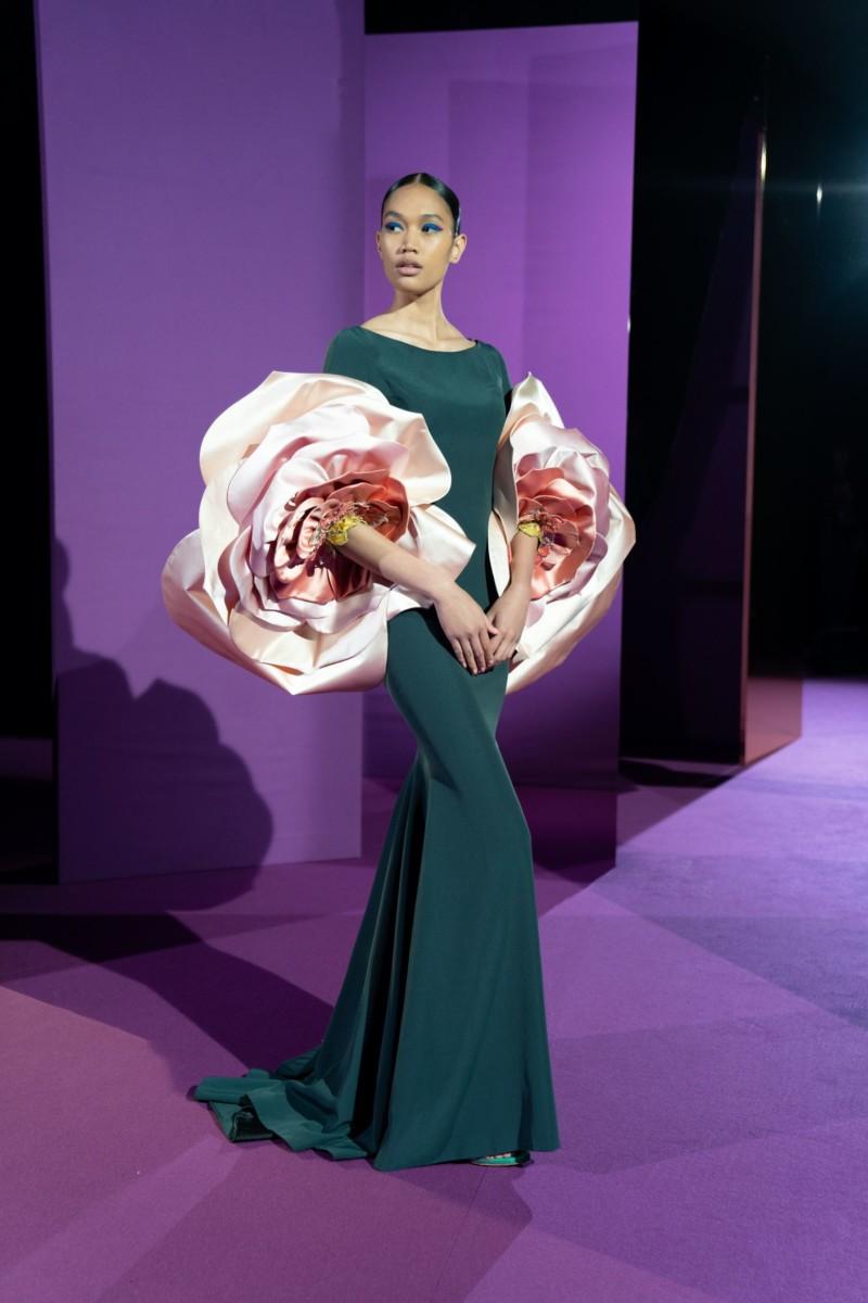 "LOOK08-1 Alexis Mabille : collection ""Femme-Fleur"""