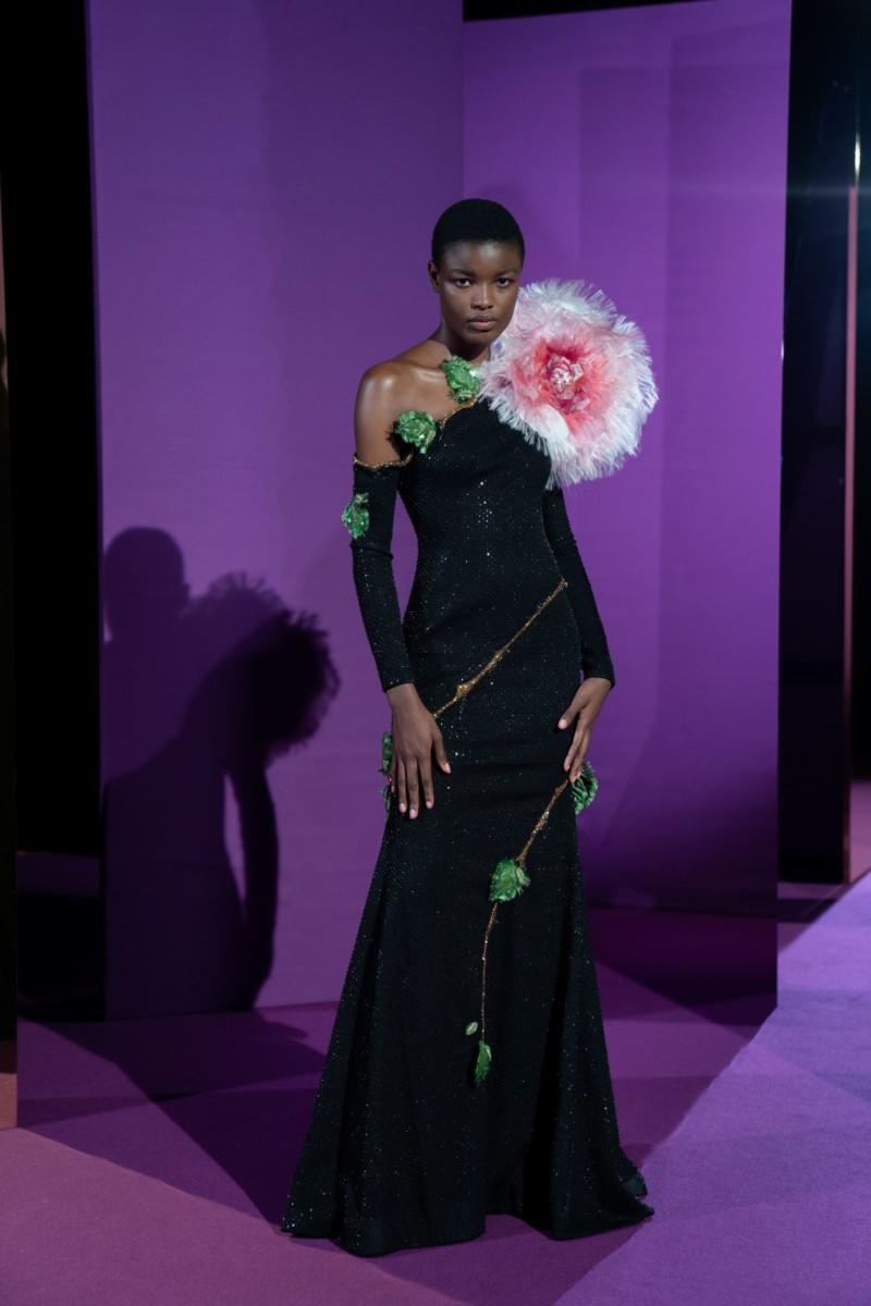 "LOOK16 Alexis Mabille : collection ""Femme-Fleur"""