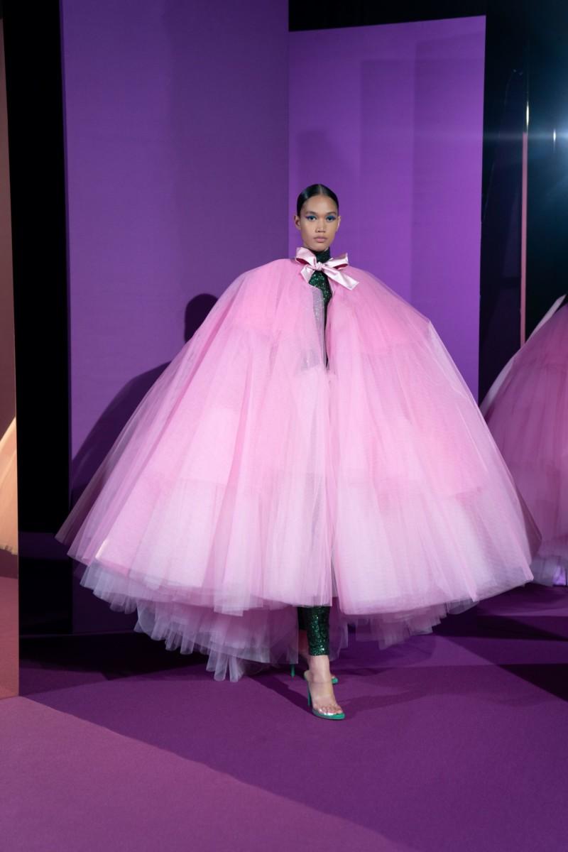 "LOOK20 Alexis Mabille : collection ""Femme-Fleur"""