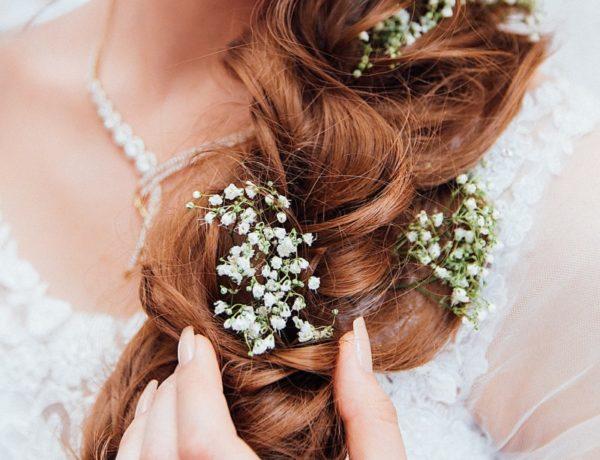 people-2597438_1920-600x460 Revamp Professional - une coiffure maison et réussie !