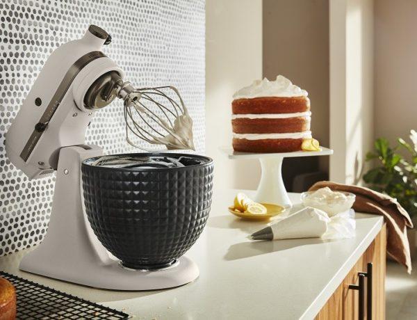 """KitchenAid-robot-patissier-multifonction-Ombre-et-Lumiere-ambiance-600x460 Robot pâtissier multifonction """"Ombre et Lumière"""""""