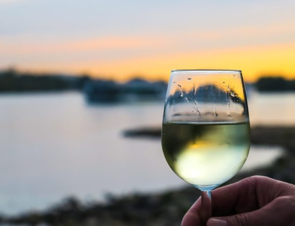 quitting-time-3738337_1280-600x460 Les vins blancs Bordeaux : SEC - DOUX - PETILLANT